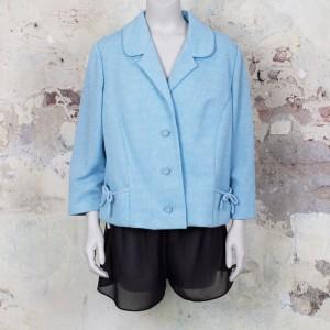 3530-lichtblauw-sixties-vintage-jasje-zakken-strikjes-kraag-1