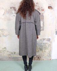3612-grijze-vintage-jas-dubbele-rij-knopen-3a