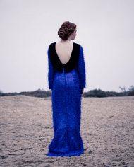 3732-Blauwe-furry-vintage-glitter-jurk-open-rug-4