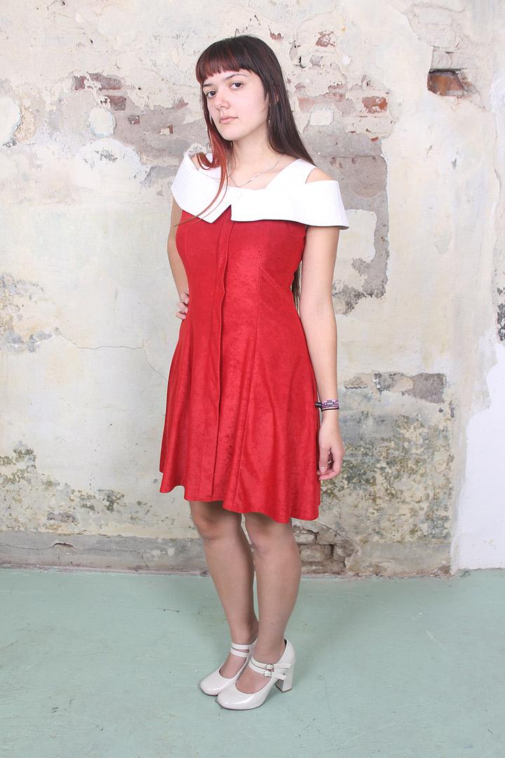 f6befb886bdf38 Vintage rode sixties jurk met witte kraag - Froufrou s