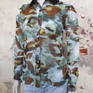 4498-blauw-bruine-blouse-rotsachtige-print-2