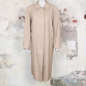 4638-vintage-burberry-trenchcoat