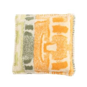 4684-handgemaakt-kussen-vintage-wollen-deken-oranje-groen-1