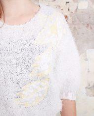 4728-Witte-vintage-furry-trui-met-bloemen-3