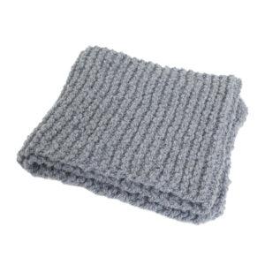 4760-grijze-hand-gebreide-shawl-sjaal-wol-1