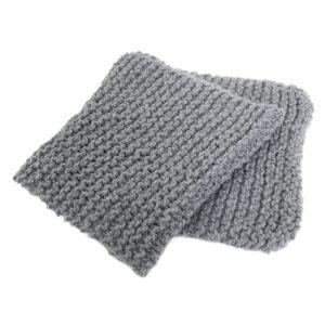 4760-grijze-hand-gebreide-shawl-sjaal-wol-2