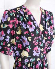 4901-zwarte-jurk-gekleurde-bloemen3