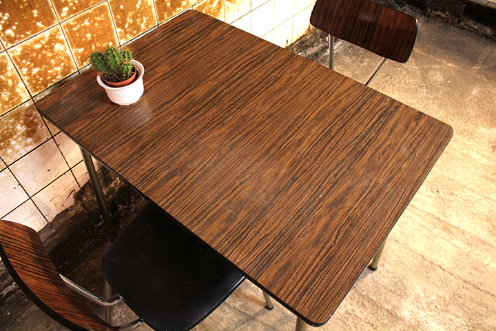 Tafel Met Stoelen : Vintage formica tafel stoelen froufrou s