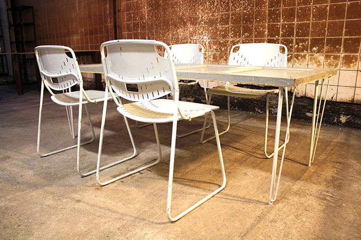 Industriele Vintage Stoelen.4 Talin Dallas Witte Vintage Stoelen