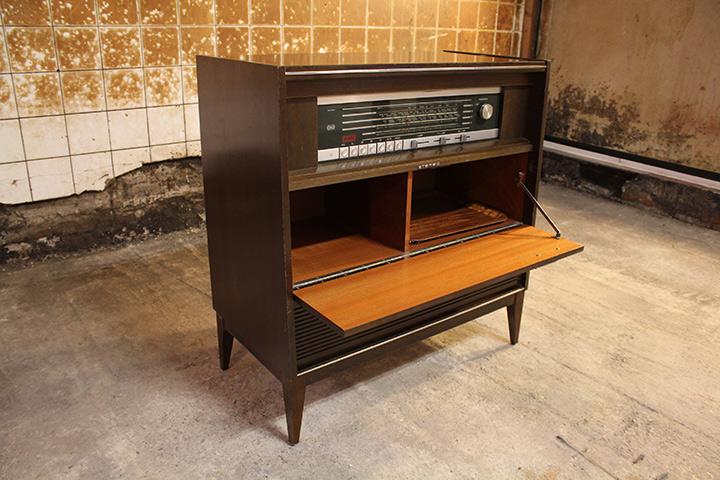 Radio Meubel Jaren 60.Vintage Radiomeubel Grundig Konzertgerat 8074 St