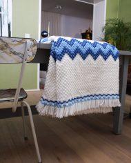 5135-wit-blauw-gebreid-vintage-plaid-deken-6