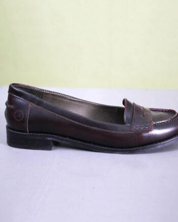 Klassieke bruine leren loafers