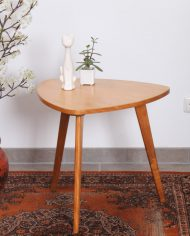 5157-vintage-driehoekig-bijzettafel-salontafel-hout-2