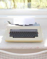 5176-Sperry-Remington-Electric-10-60-typemachine-vintage-typewriter-2