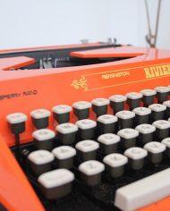 5404-oranje-typemachine-remington-riviera-2