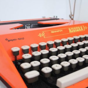 5404-oranje-typemachine-remington-riviera-2