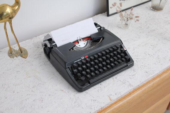 Vendex 500 zwarte typemachine
