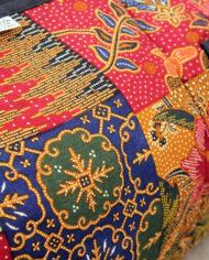 Rode vintage batik reistas