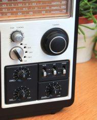 80s-Philips-970-vintage-portable-radio-2