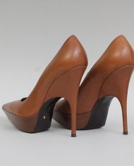 872-balenciaga-pumps-brown-pointed-leren-1-3