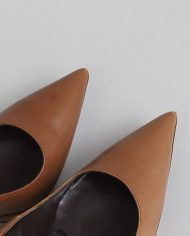 872-balenciaga-pumps-brown-pointed-leren-1-4
