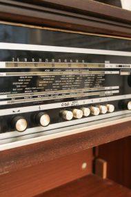 Blaupunkt-Bonn-Luxus-stereo-radiomeubel-6
