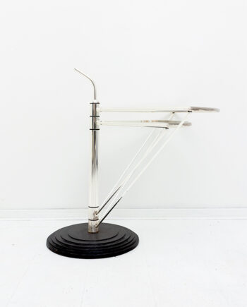 Draaibare glazen bijzettafel OMA-design met gietijzeren voet