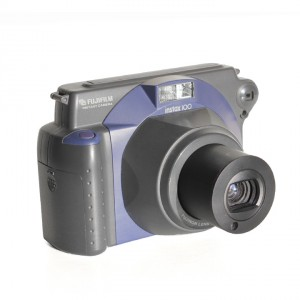 Fujifilm-instax-100-camera-2