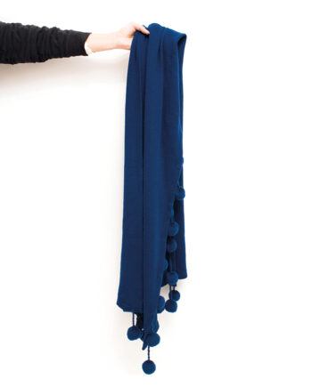 Gebreide sjaal met pompons donkerblauw Dorothée Bis