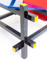 Handgemaakte rood-blauwe houten Rietveld stoel de Stijl