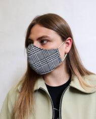 Geruit katoenen mondkapje zwart wit Liesbeth Sterkenburg unisex
