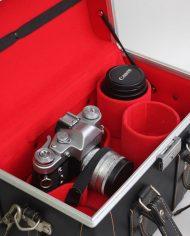 Grote-zwarte-leren-vintage-camerakoffer-4