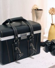 Grote-zwarte-leren-vintage-camerakoffer-8
