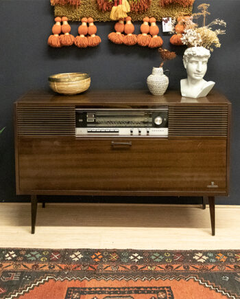 Grundig KS 1550 a vintage radiomeubel donker houtfineer