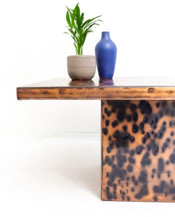 Hollywood Regency koperkleurige cheetah salontafel
