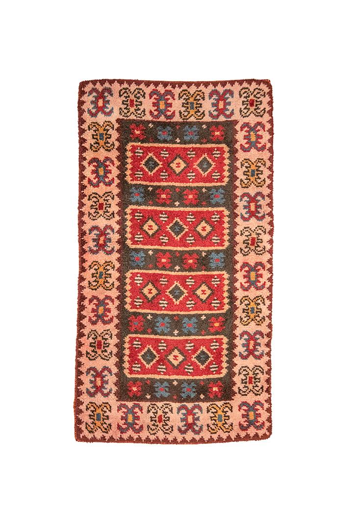 Hoogpolig vloerkleed vintage met oudroze rand 175 x 99 cm