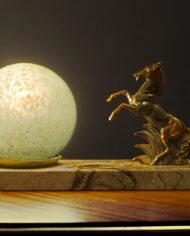 Jaren 30 Art Deco nachtlamp met steigerend paard