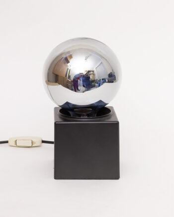 Jaren 70 Philips tafellamp met zilverkleurige bol