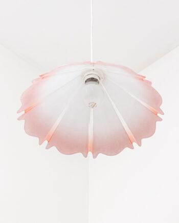 Jaren 90 hanglamp van 'geplooid' glas lichtroze