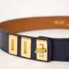 Leren riem donkerblauw met goudkleurig hardware Vincent Joël jaren 90