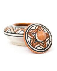 Marokkaans keramiek bakje met deksel wit bruin zwarte patronen