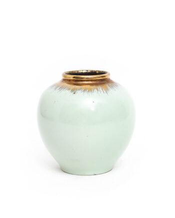 Mintgroen vaasje met gouden vegen vintage Ü-Keramik 359-12