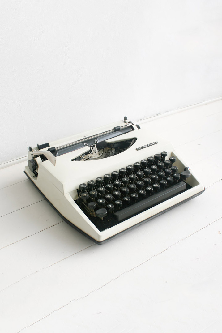 Nederlandse Adler Tippa typemachine