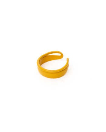 Okergele candy color ring gecoat metaal