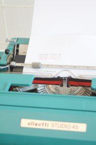 Olivetti-Studio-45-turquoise-typemachine-4