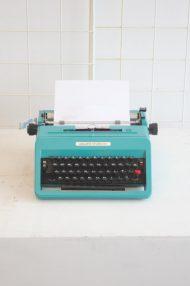 Olivetti-Studio-45-turquoise-typemachine-5