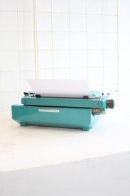 Olivetti-Studio-45-turquoise-typemachine-7