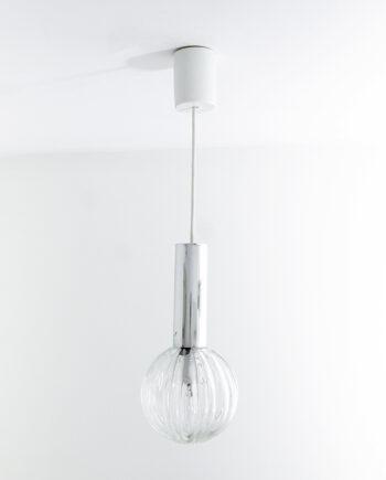 Seventies hanglamp met glazen bol en kunststof cilinder