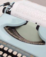 Sperry-Remington-Idool-vintage-typemachine-lichtblauw-pastel-9