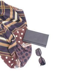 Vierkante zijden shawl van Pierre Louis Mascia met ruit- en panterprint